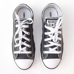 CONVERSE ALL STAR JR LEATHER LOW TOP LACE UPS